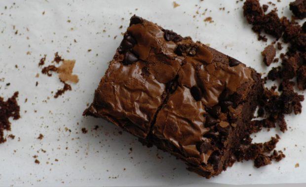 brownies using vegetable oil substitute baking